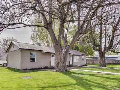 Caldwell Multi Family Home Back on Market: 222 E Kearney