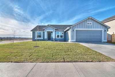 Middleton Single Family Home For Sale: 1018 Horseshoe Ct.