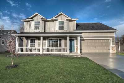 Middleton Single Family Home For Sale: 984 Horseshoe Ct.