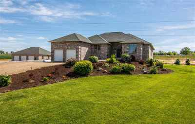 Caldwell Single Family Home For Sale: 15470 Mink Road