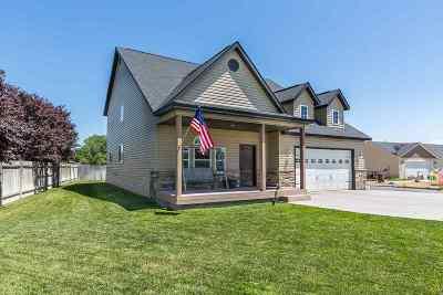 Filer Single Family Home For Sale: 1012 Chisum Cir.