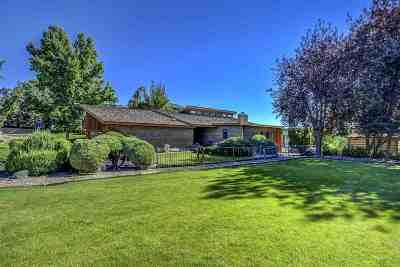 Caldwell Single Family Home For Sale: 22176 Rio Vista Dr