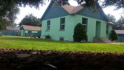 Owyhee County Single Family Home For Sale: 231 W Washington