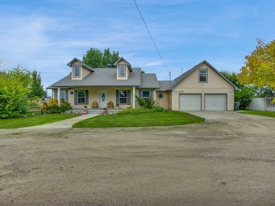 Nampa Single Family Home For Sale: 4325 S Happy Valley Rd.