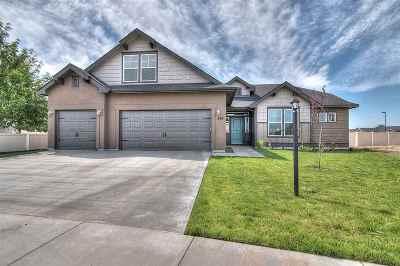 Kuna Single Family Home For Sale: 2807 W Crenshaw St.
