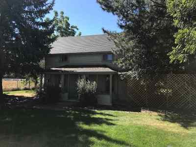 Kimberly Single Family Home For Sale: 500 S Oak St.