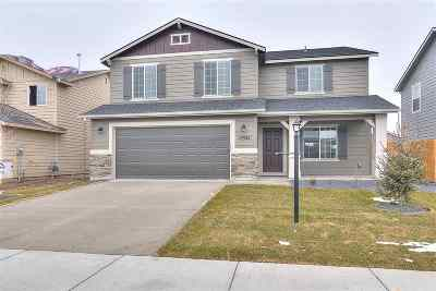 Kuna Single Family Home For Sale: 236 W Screech Owl Dr.