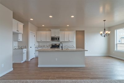 Meridian Single Family Home New: 2150 N Warwick Ave