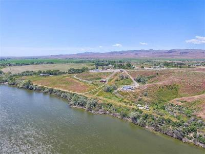 Owyhee County Multi Family Home For Sale: 8662 Highway 78