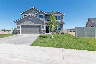 Kuna Single Family Home For Sale: 2425 N Iditarod Way