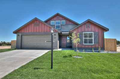 Star Single Family Home For Sale: 953 N Center Way