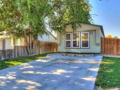 Middleton Multi Family Home For Sale: 116 Barbara Dr