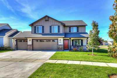 Nampa Single Family Home For Sale: 3025 S Oak Island