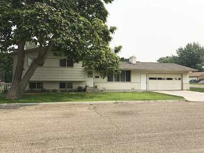 Nampa Single Family Home New: 204 N Gem St