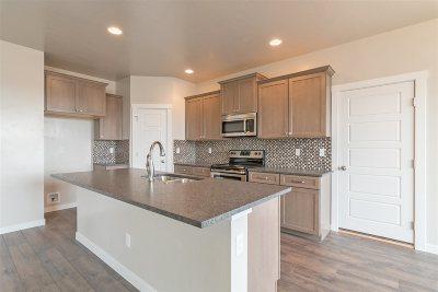 Kuna Single Family Home For Sale: 3093 W Pear Apple St.