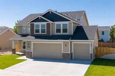 Middleton Single Family Home For Sale: 2015 Trailblazer Ct.