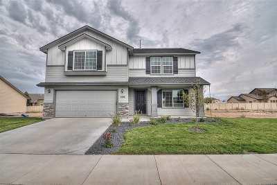 Kuna Single Family Home For Sale: 319 S Rocker Ave