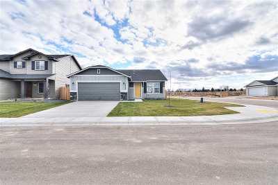 Kuna Single Family Home For Sale: 287 S Rocker Ave.