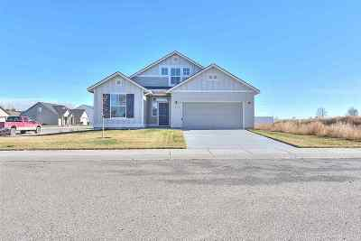Eagle Single Family Home For Sale: 600 N Sevenoaks Ave.