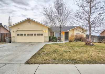 Nampa Single Family Home Back on Market: 1819 S Candlewood Dr