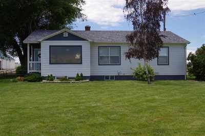 Caldwell Single Family Home For Sale: 16177 Indiana Ave.