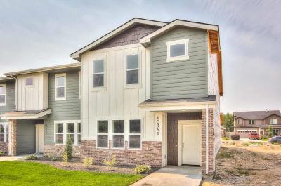 Condo/Townhouse For Sale: 10347 W Carlton Bay