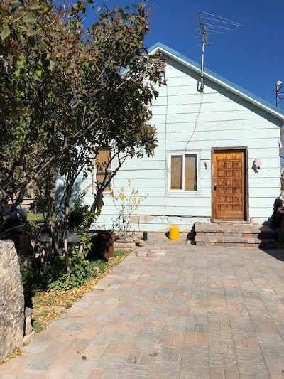Shoshone Single Family Home For Sale: 218 W F Street