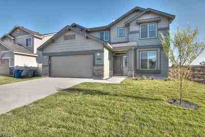 Eagle Single Family Home For Sale: 2538 E Stella Dr.