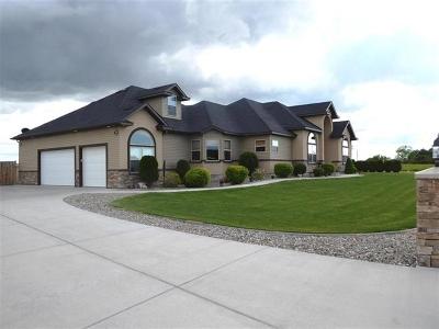 Kimberly Single Family Home For Sale: 3609 E 3880 N.