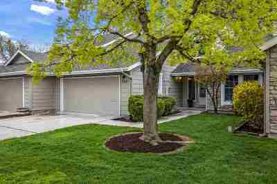 Boise Condo/Townhouse For Sale: 385 W Charlwood