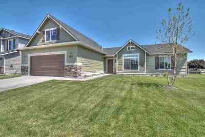 Nampa Single Family Home For Sale: 15602 Fuchsia Ave.