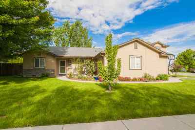 Boise, Eagle, Meridian Single Family Home For Sale: 1247 N Caucus Way