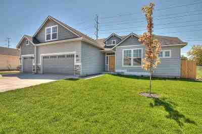 Nampa Single Family Home For Sale: 6706 E Harrington Dr.