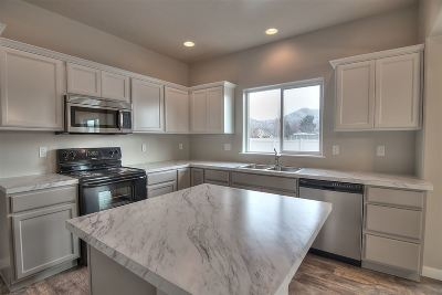 Meridian Single Family Home For Sale: 2682 W Snyder St.