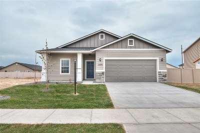 Kuna Single Family Home For Sale: 744 W Allspice St.