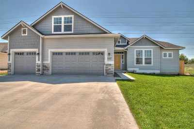 Kuna Single Family Home For Sale: 9254 S Braeburn Ave.