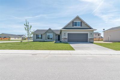 Kuna Single Family Home For Sale: 9320 S Braeburn Ave.