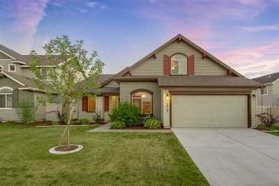 Kuna Single Family Home For Sale: 1479 W Sagwon Dr