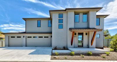 Boise Single Family Home For Sale: 6865 E Warm Springs Ave.
