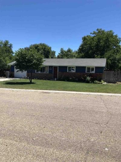 Owyhee County Single Family Home For Sale: 405 Live Oak Ave