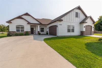 Single Family Home For Sale: 12101 W Darkwood Dr.