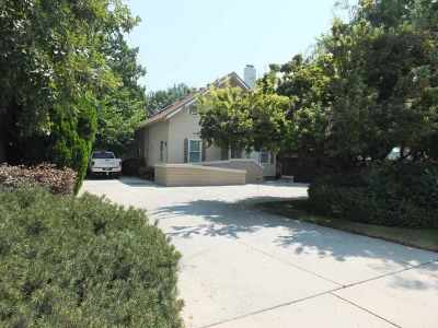 Boise Single Family Home For Sale: 420 S Maple Grove Rd