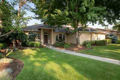 Boise Single Family Home For Sale: 4848 N Riverfront Place