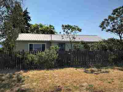 Single Family Home For Sale: 1334 Old 95 Rd
