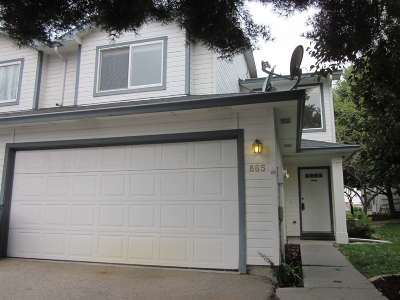 Mountain Home Condo/Townhouse For Sale: 865 Tumbleweed Dr