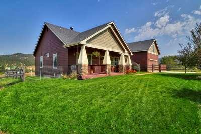 Garden Valley Single Family Home For Sale: 26 Hawthorne Lane