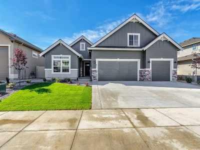 Meridian Single Family Home For Sale: 677 E Crest Ridge Dr.