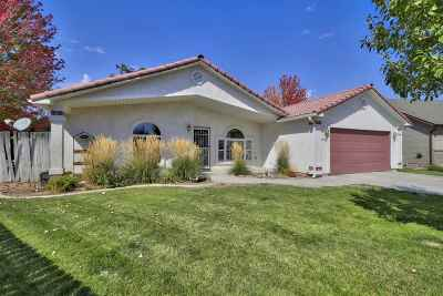 Meridian Single Family Home For Sale: 2547 N Meadowglen Pl