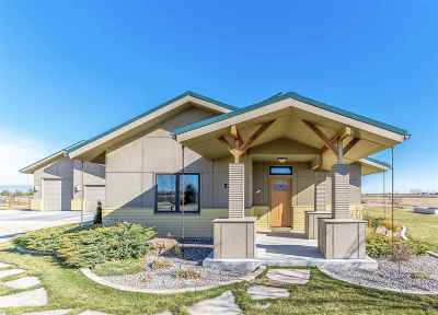 Nampa Single Family Home For Sale: 5204 Roy Drive