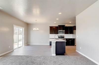Meridian Single Family Home For Sale: 3326 S Glacier Bay